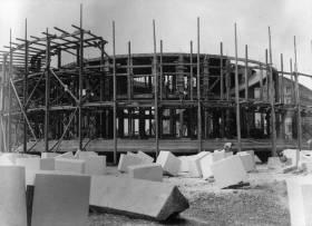 Gradnja Meštrovićevog paviljona, izvor: hdlu.hr/mestrovicev-paviljon/povijest-zgrade/