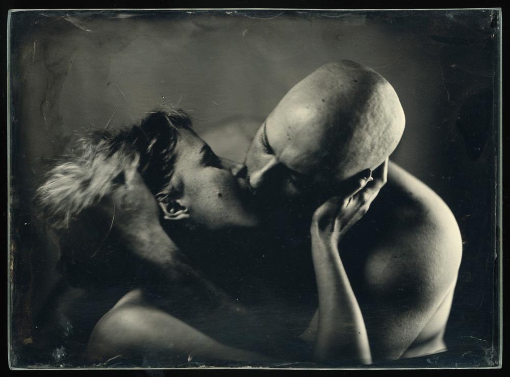 Robert Gojević, ''Ljubav (5)'', ambrotipija, 12x16,5 cm