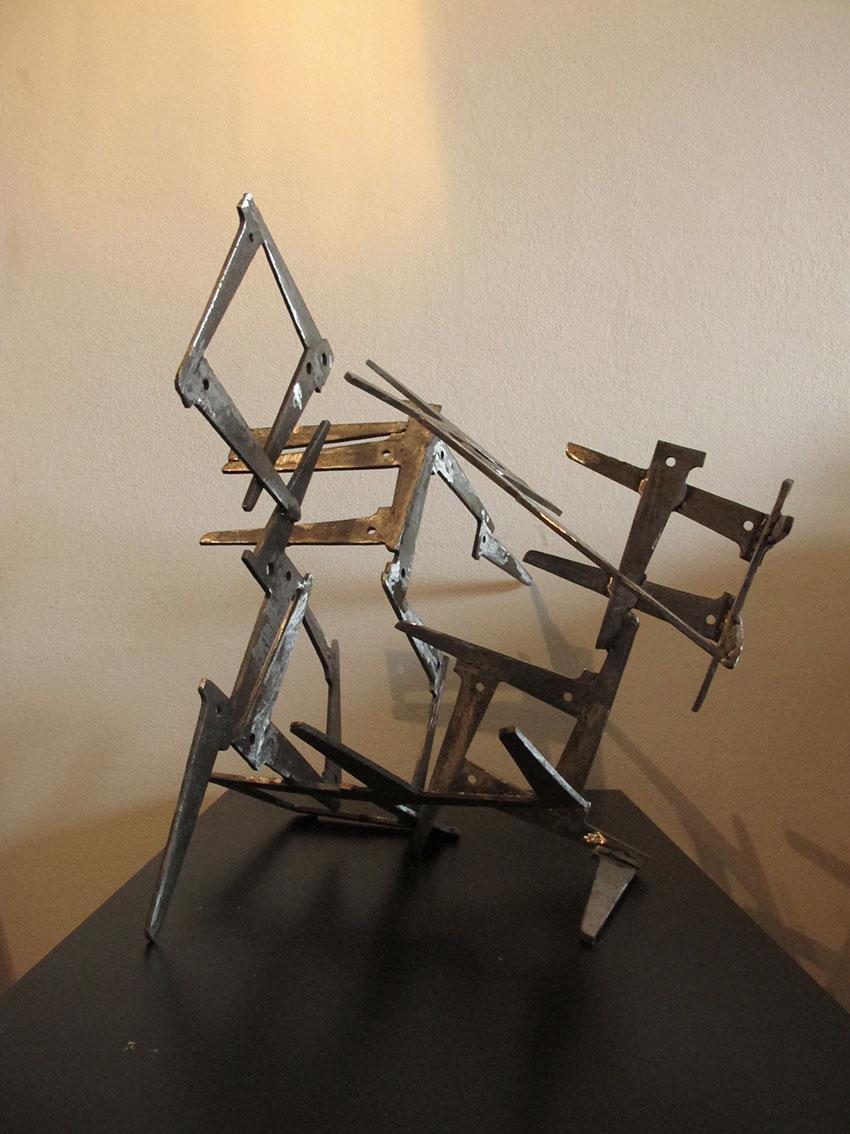 ''Transformacija a'', željezo, kompozicija elemenata, promjenjivi oblik skulpture, 55 x 46 x 32 cm i 34,5 x 34,5 x 25 cm, 2019.