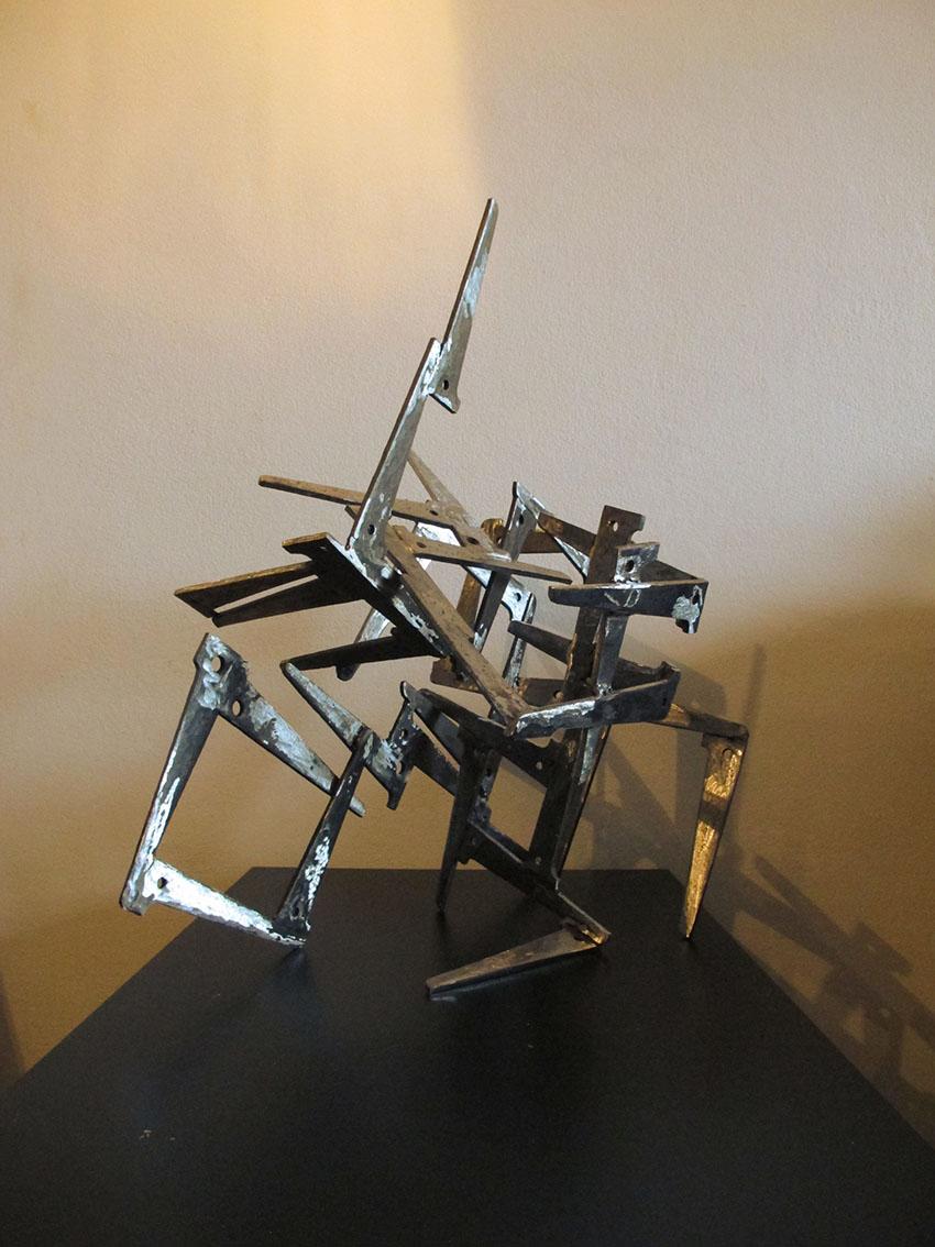''Transformacija b'', željezo, kompozicija elemenata, promjenjivi oblik skulpture, 55 x 46 x 32 cm i 34,5 x 34,5 x 25 cm, 2019.